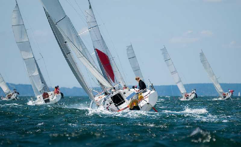 Перегон яхты