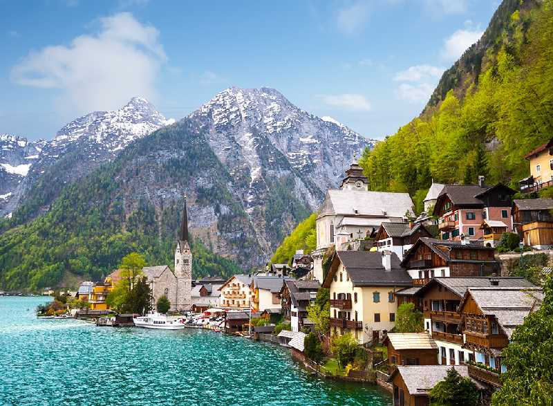 Альпийские луга в июне