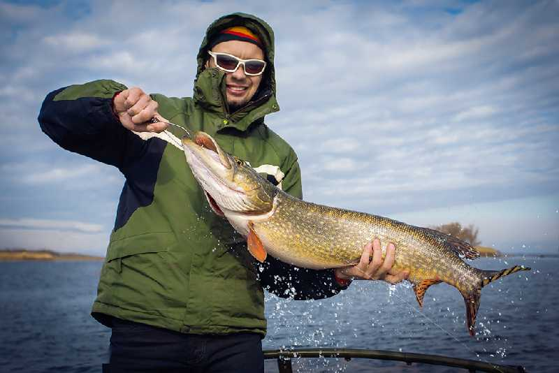 Рыбалка на Камчатке (река Вахиль)