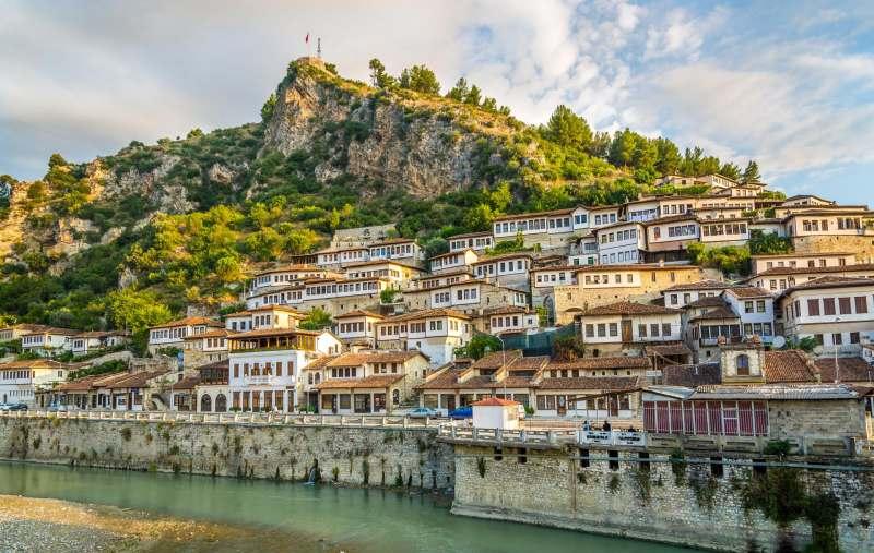 С 29 апреля по 7 мая летим в путешествие по Балканам. Смотрим Софию и Пловдив (Болгария), Скопье...