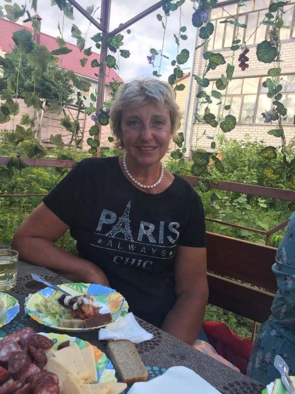 Планирую в Турцию в сентябре (начале) с вылетом из Москвы. Ищу попутчицу для удешевления жилья....