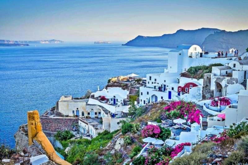 Вся материковая Греция. Туда - Афины, обратно - из Салоников. 36 дней. Маршрут есть, все самое...