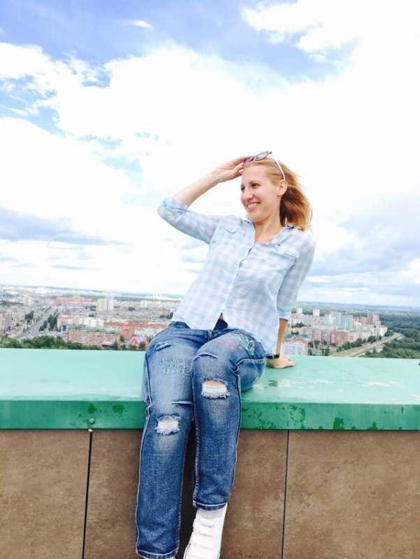 Ищу человека для поездки в Прагу, наличие чувства юмора обязательно)