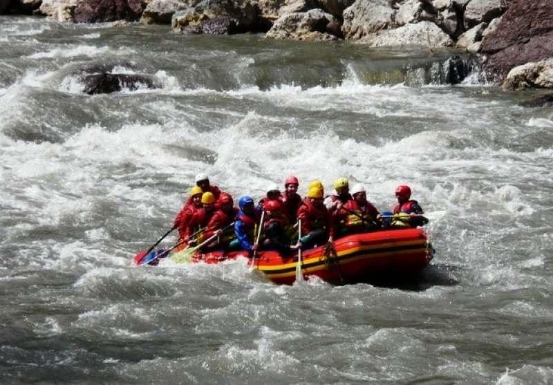 Поездка в Адыгею для сплава по бурной реке на байдарке