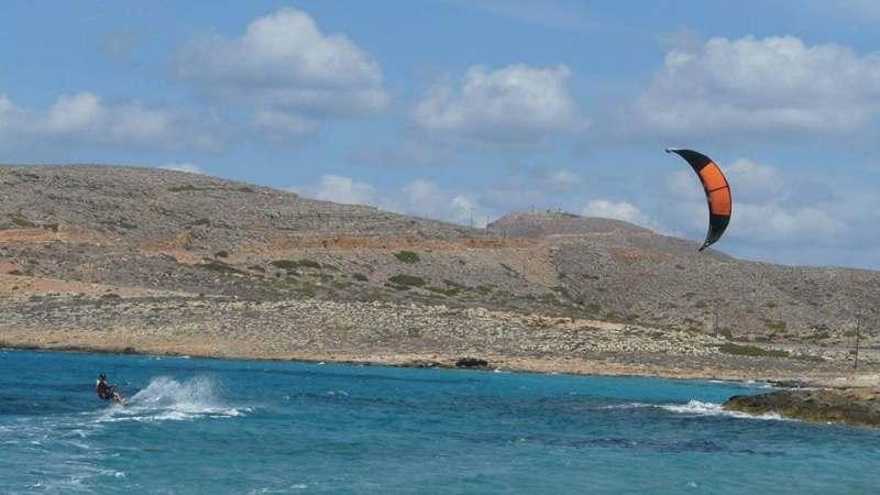 На Крите весна, дом на берегу 60 метров до моря 3 км от города  перелет в Ираклион