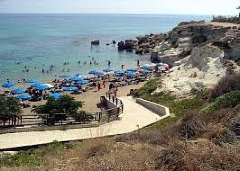 Приглашаю присоединится в ГРУППУ Мам: до 8 чел.взрослых и детей на Кипр
