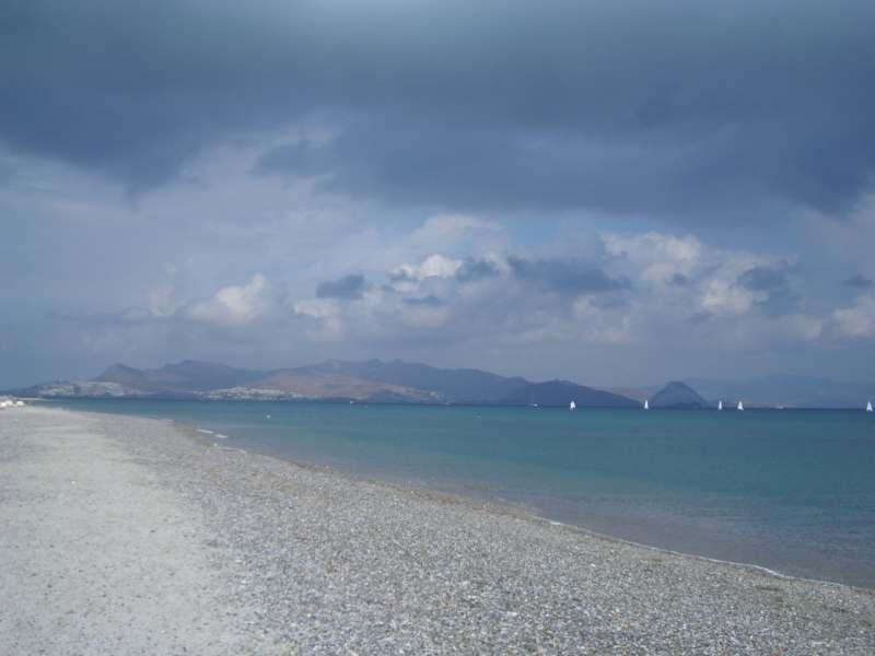 В конце мая планирую поехать с ребенком (10 лет) на Средиземное море дней на 10 или на 2 недели.