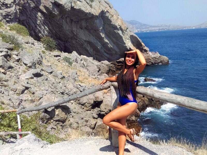 Ищу веселую компанию на лето в Сочи) Дальше можно поехать в Крым:3