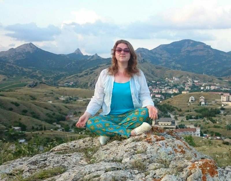 Ищу попутчицу для отдыха в Черногории в июне с 16-18 на 5-7 дней. Пляж, много пеших и морских...