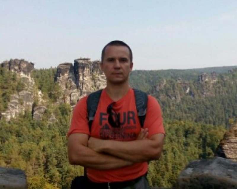 Ищу веселую, симпатичную попутчицу в небольшое путешествие по Германии или другим странам,...
