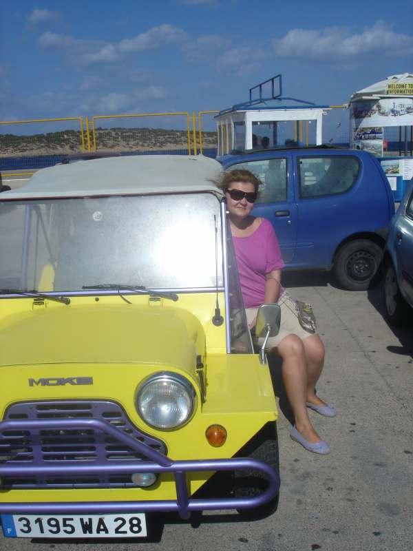 Ищу попутчика или попутчиков для удешевления тура в Тунис или Кипр на неделю в сентябре, вылет...