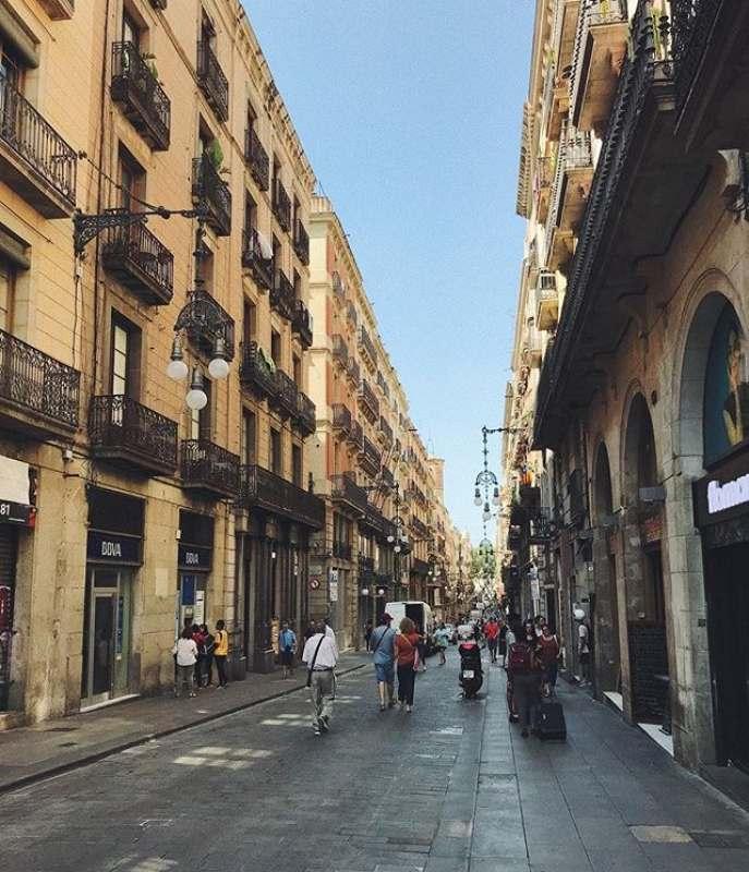 Всем привет!) с 23.07 по 31.07 планирую поездку в Барселону . Присоединяйтесь ;)