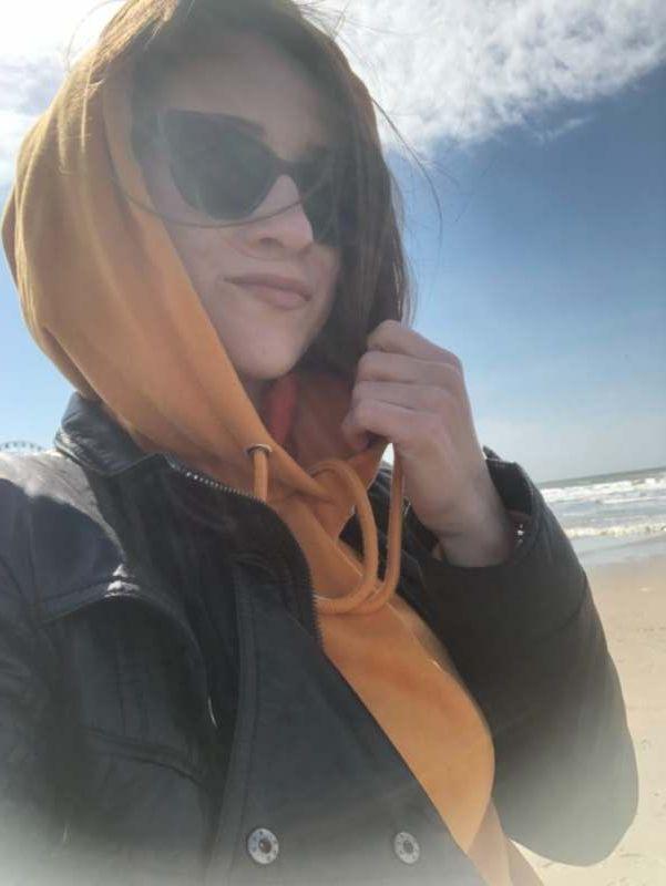 Ищу попутчицу или интересную компанию для пляжного отдыха и экскурсий.