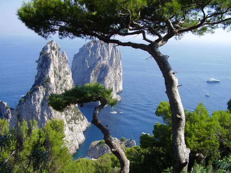 Яхтенный поход 8-15 июня по островам Неаполитанского залива.