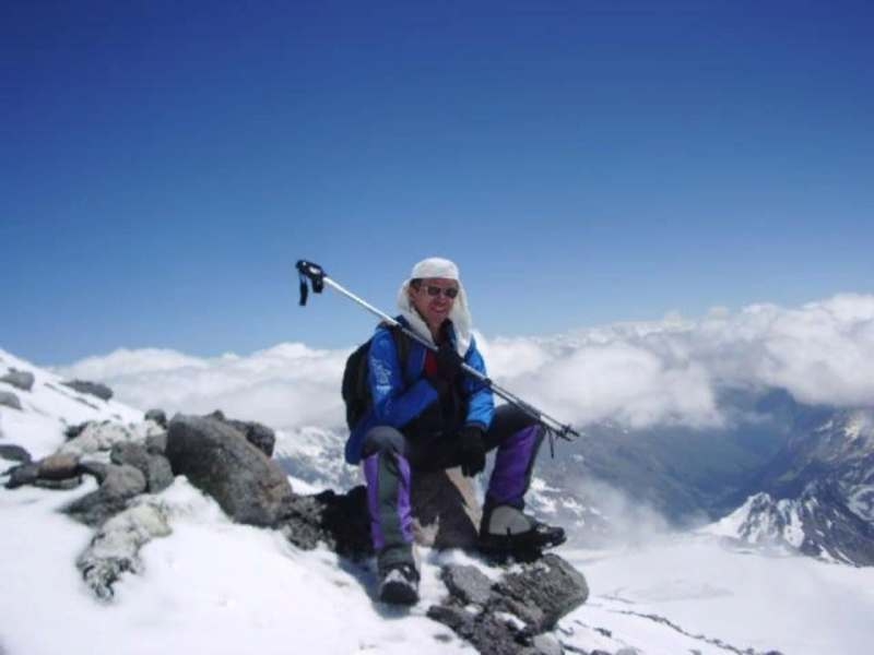 Ищу попутчицу 30-50 лет,легкую на подъем,интересную в общении. В программе прогулка в горах,...