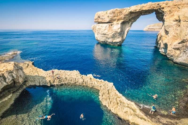 Мадлиена, Мальта. Пляжный отдых