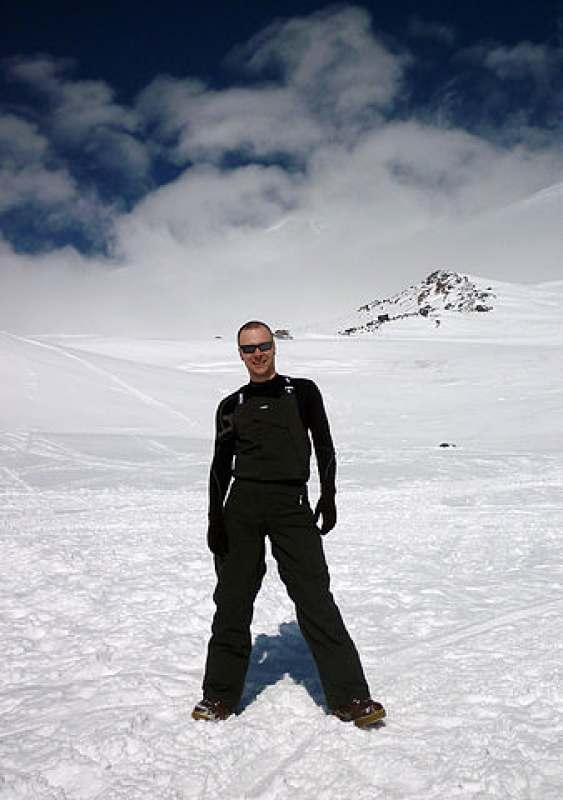 Внимание любительниц сноуборда, горных лыж и чистого воздуха! Вам предлагается уникальная...