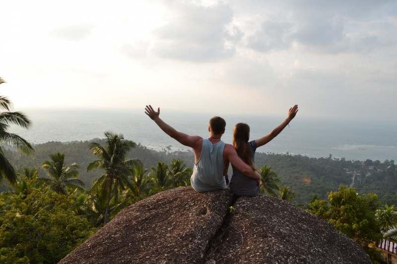 Приветствую!  Мы с супругой обожаем путешествия с хорошей и веселой компанией. Скоро летим...