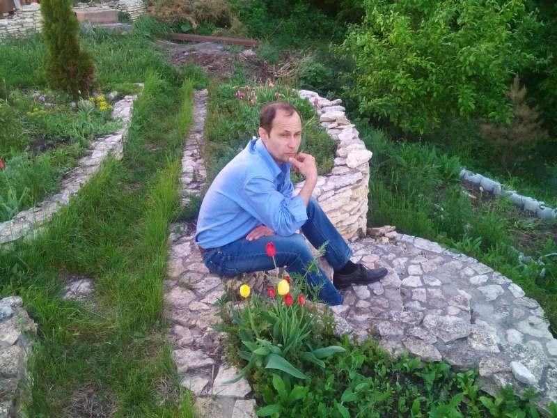 Любой некатегорийный поход в горы (Кавказ, Крым, Урал) по красивым местам. Общителен, быстро...