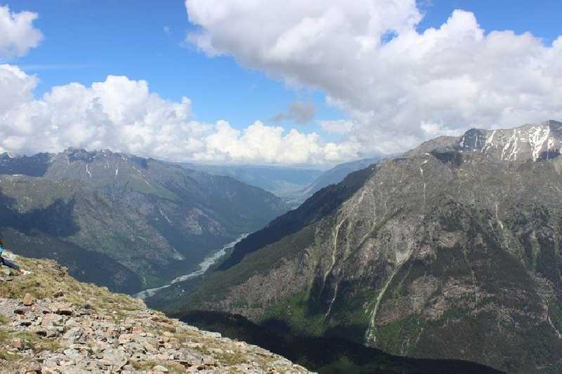 Пеший поход к горному озеру Уллу-Кель на Домбае