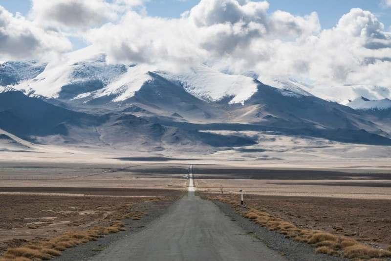 Путешествие по Памирскому тракту в мае. Присоединяйтесь к путешествию в самое сердце Центральной...
