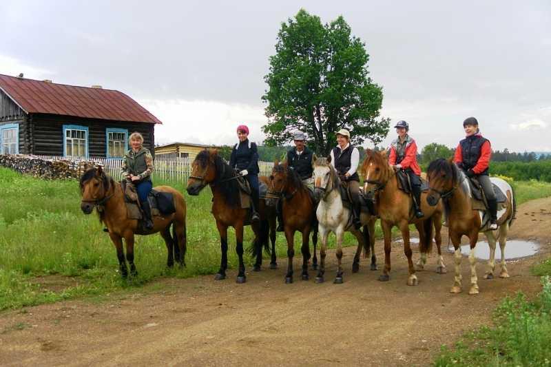 Конный поход к горе Большой Шатак