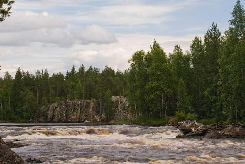 Сплав на катамаранах по реке Чирка-Кемь