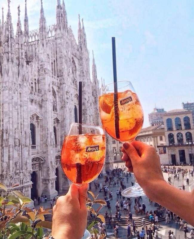 Привет. Ищу попутчицу, для поездки в любой город Италии, Из СПб , по бюджетным ( или горящим)...