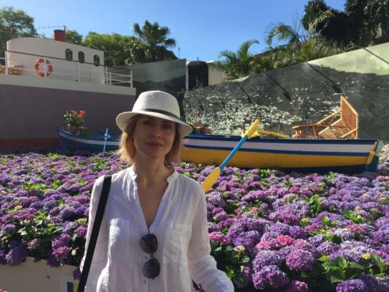 Планирую сочетать  пляжный отдых  с путешествиями  по острову на авто. Была бы рада компании...