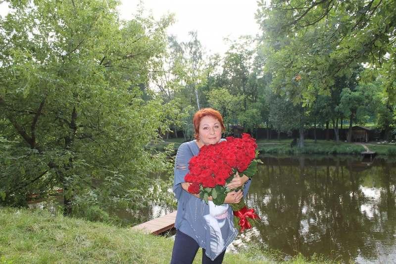 у меня есть тур в Прагу с включенными в стоимость экскурсиями и т.п. с 6-9 сентября (без...