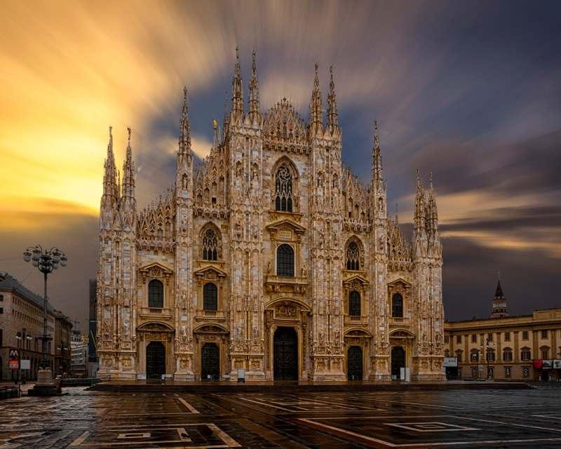 Планирую поездку в Италию. Жилье в хостеле. Перелеты из Польши или Литвы. Прогулки, экскурсии,...