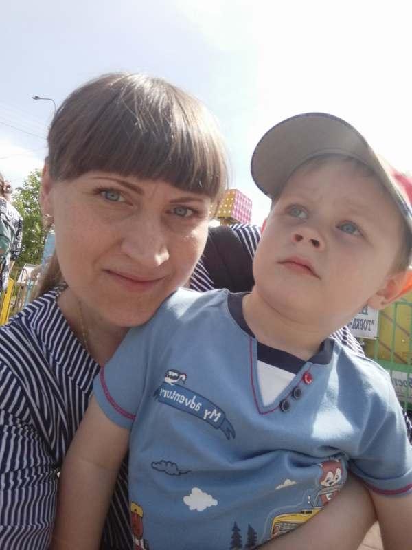 С 8-18августа из СПб с ребенком 3'9г, ищу попутчицу с ребенком примерного возраста, чтобы детям...