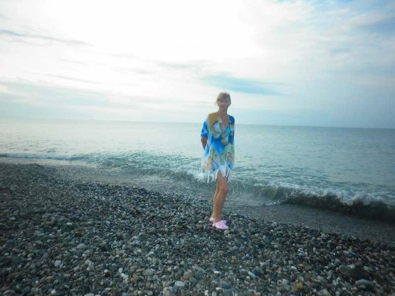 Ищу попутчицу от 50 до 65 лет, в Абхазию или Сочи, Краснодарский край для пляжного отдыха  на...
