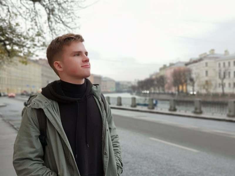Планирую посетить Амстердам и Берлин, повеселиться от души) Сам без вредных привычек. Предпочитаю...