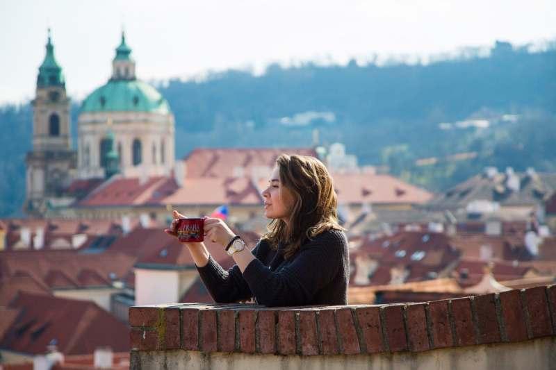 Привет! Я Даша, фотограф и обажатель Чехии.Если ты планируешь поездку в Прагу, то напиши мне,...
