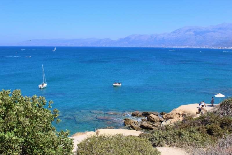 Хочется отдохнуть на море в начале сентября на 7-10 дней. Бюджет около 40к на человека. Дискотеки...
